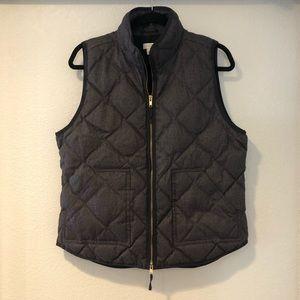 { J. Crew} women's quilted down vest size L